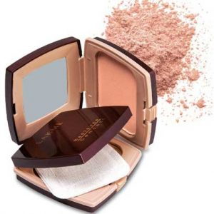 Lakme-Radiance-Compact
